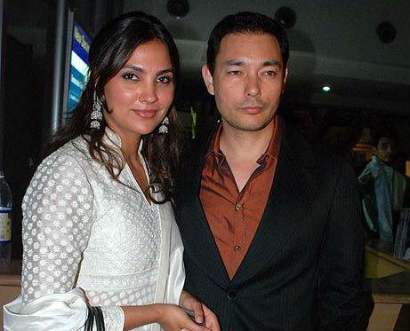 Lara Dutta, Kelly Dorjee