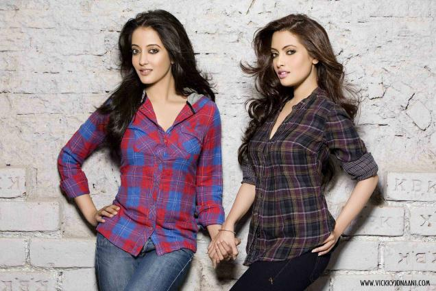 Riya Sen and Raima sen are from Royal family