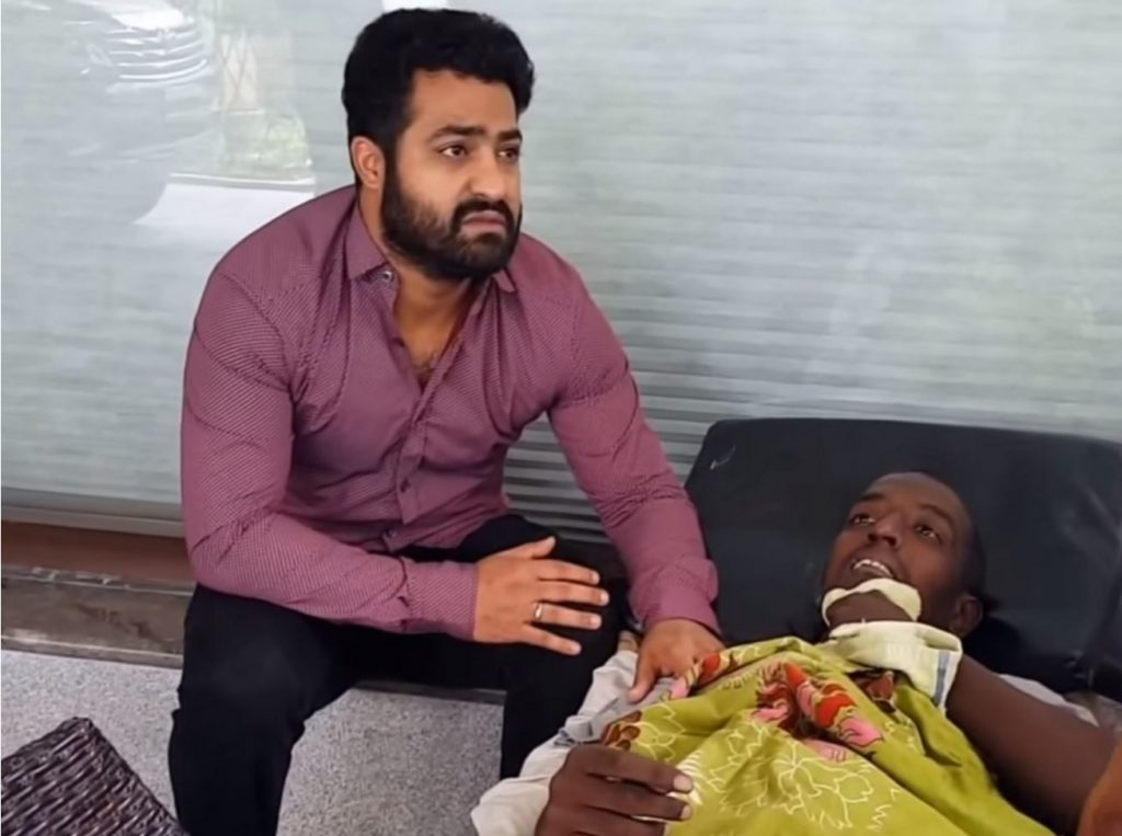 Jr NTR comes to Bengaluru to fulfill the last wish of a fan